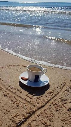 Good Morning Handsome, Good Morning Coffee, Coffee Break, Coffee Cafe, Coffee Drinks, Coffee Shop, Coffee Lovers, Coffee Facts, Coffee Quotes