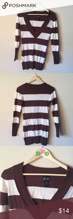 🛑 CLEARANCE! • Brown + white long sweater/dress • LONG BROWN + WHITE STRIPED THIN LOWCUT  V-NECK SWEATER/DRESS • goes great with leggings and boots. • comfortable, not too heavy or thick. • in great used condition. nothing wrong with it. • SIZE: MEDIUM   #sweater #striped #casual #dressy #guc #lowcut #winter #long #leggings #comfortable Love Culture Sweaters V-Necks