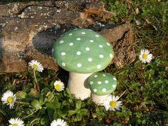 Gartendekoration - Keramik Fliegenpilz - ein Designerstück von loewenbine bei DaWanda