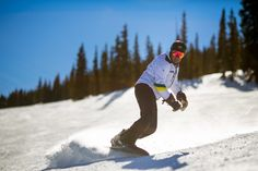Snowboarder Andre Cntra