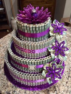 MONEY CAKE 25th Birthday cake for my daughter. A antique ring her fafter gave me for the topper