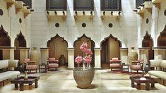 Royal+Villa+Courtyard+-+Ornately+modelled+after+a+sheikh's+palace.