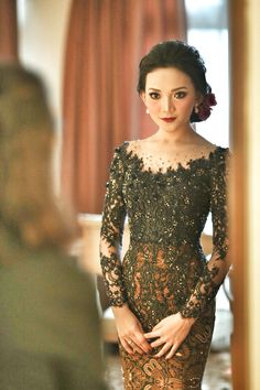 Navy blue wedding kebaya Frida. Made by Dievaipeh.                                                                                                                                                                                 More