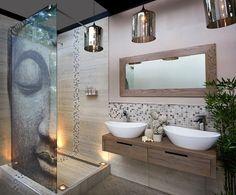 inspiration salle de bain avec paroi de douche opaque Bouddha et mosaique murale