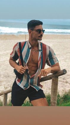Most Popular mens fashion casual young outfit Ideas Summer Outfits Men, Stylish Mens Outfits, Unisex Outfits, Beach Outfits, Look Man, Herren Outfit, Men Beach, Poses For Men, Mens Clothing Styles