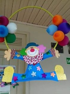 Ideas para decorar una fiesta usando payasos y globos ~ lodijoella Kids Crafts, Clown Crafts, Circus Crafts, Carnival Crafts, Carnival Themes, Diy And Crafts, Paper Crafts, Clown Party, Circus Party