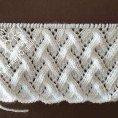 Gilda Guzman Cortez's media content and analytics Lace Knitting Stitches, Lace Knitting Patterns, Easy Knitting, Knitting Designs, Stitch Patterns, Cooler Style, Baby Hat Patterns, Crochet Shawl, Crochet Baby
