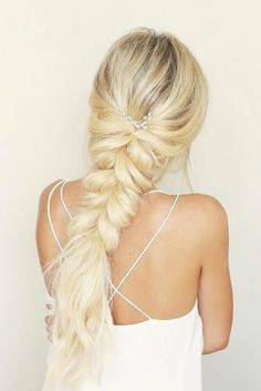 Boho Wedding Hairstyles To Inspire Your Wild Heart ★ See more: https://lovehairstyles.com/wedding-hairstyles-boho-ideas/