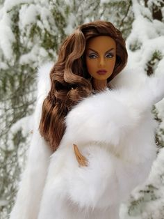 Barbie Fashion Royalty, Diva Fashion, Fashion Dolls, Glam Doll, Glamour Dolls, Barbie Dress, Barbie Clothes, Realistic Barbie, Beautiful Barbie Dolls