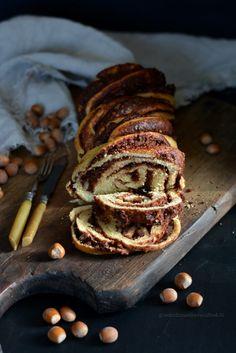 Chocolate Hazelnut Challah (pane intrecciato al cioccolato e nocciole)