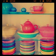 Love Fiestaware! I wish I didn't already have a C&B dish set, I'd TOTALLY be registering for this!