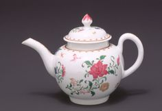 CA. 1765  ENGLISH, WORCESTER    Soft paste porcelain, 4 3/4 in. (12.07 cm), Kenneth and Priscilla Klepser Porcelain Collection, 94.103.40,    Provenance: [Albert Amor Ltd, London, UK]; collection of Mr and Mrs Kenneth and Priscilla Klepser, unknown purchase date until 1994; gift from Mr and Mrs Kenneth and Priscilla Klepser to Seattle Art Museum, Washington, 1994
