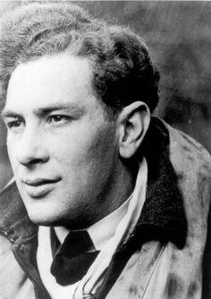 Otto Smik jako pilot 310. čs. stíhací peruti