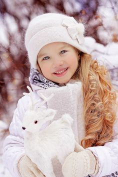 Winter Family Photos, Winter Pictures, Baby Pictures, Funny Kids, Cute Kids, Cute Babies, Baby Kids, Beautiful Children, Beautiful Babies
