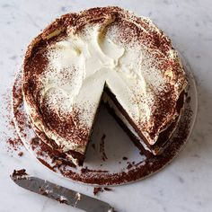 Tiramisù cheesecake recipe. For the full recipe, click the picture or visit RedOnline.co.uk