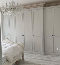 Still one of my favourite builds from this year Bedroom Built In Wardrobe, Bedroom Closet Design, Small Master Bedroom, Closet Designs, Home Decor Bedroom, Master Bedroom Closet, Wardrobe Storage, Bedroom Cupboard Designs, Bedroom Cupboards