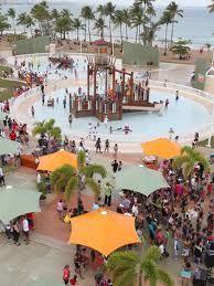 Parque Acuático Infantil Aquasol está ubicado en el Balneario de Carolina. El mismo cuenta con una piscina de 13,500 pies cuadrados de poca profundidad con 30 juguetes interactivos, chorros de agua, vigilantes acuáticos, y mucho más.  Balneario de Carolina  Carolina   787-633-3457