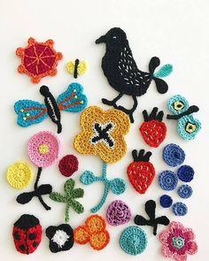 Crochet Art Arranged Into Charming Assemblages by Tuija Heikkinen Art Au Crochet, Freeform Crochet, Love Crochet, Crochet Motif, Beautiful Crochet, Crochet Flowers, Crochet Hooks, Knit Crochet, Crochet Patterns
