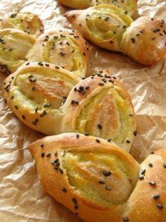 Sweet potato bread「スイートポテトエピ」ナナママちゃん | お菓子・パンのレシピや作り方【corecle*コレクル】