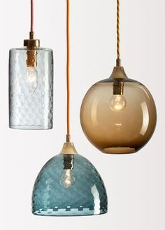 The charm of Rothschild & Bickers starring at designjunction - Traditional blown for contemporary lighting // Lampen aus Glas Kitchen Lighting, Home Lighting, Lighting Design, Pendant Lighting, Pendant Lamps, Deco Restaurant, Deco Luminaire, Mid Century Lighting, Brass Lamp