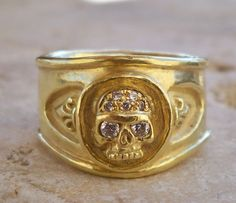 Roman Paul rings #romanpaul Roman Paul, Skull Jewelry, Silver Necklaces, Gold Rings, Jewelry Design, Pendants, Bracelets, Earrings, Bangles