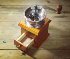 Manual Grind #CoffeeTools #ManualGrind