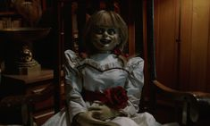Back in the James Wan-directed The Conjuring introduced us to the Warren family in a film based on true events./New Line Cinema wants to Annabelle Doll Movie, Real Life Annabelle Doll, Warren Museum, Movie Sequels, Movies, The Warren Family, Flying First Class, Lorraine Warren, Dominic Toretto