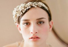 Shop These 10 Gorgeous Bridal Headbands | Photo by: Photo: Twigs and Honey | TheKnot.com