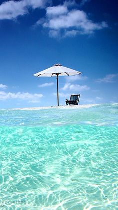 There's a chair waiting for you. Time to get out of the office and into a plane and fly to occupy this chair. Vacation Places, Vacation Spots, Most Beautiful Beaches, Beautiful Places, Beach Please, Kayak, Photos Voyages, Tropical Beaches, Beaches In The World