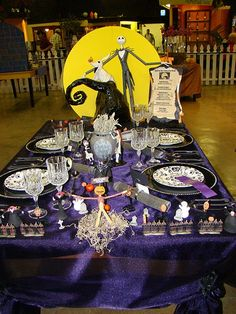 TABLESCAPE-HOLIDAY Halloween Disney's A Nightmare Before Christmas