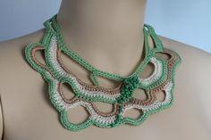 Herbst Mode  Elfenbein Beige grün Halsband  Schmuck von levintovich