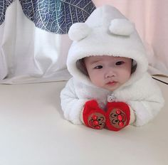 New Beautiful Children Asian Ideas Cute Little Baby, Baby Kind, Cute Baby Girl, Little Babies, Baby Boy, Cute Asian Babies, Korean Babies, Asian Kids, Cute Babies