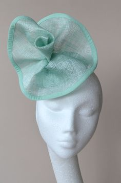Mint green percher hat. Mint green fascinator. Mint green wedding hat. Mint  green 85a0437512f