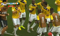 FIFA World Cup 2014: Hilarious .GIF Moments- Colombia victory dance :)