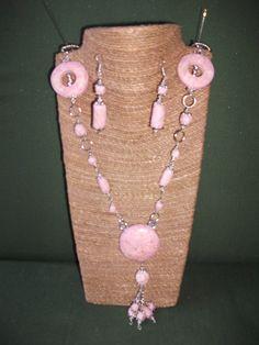 collar largo imitación cuarzo rosa de ARTESANIAALMA en Etsy Collar, Etsy, Jewelry, Fashion, Rose Quartz, Dupes, Polymer Clay, Hand Made Gifts, Handmade