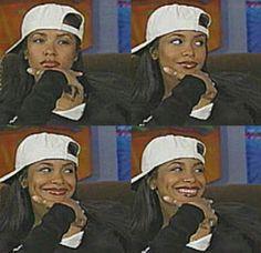 Image about aaliyah in   B A D D I E S by 𝓙 on We Heart It Aaliyah Outfits, Aaliyah Style, 2000s Fashion, Hip Hop Fashion, Estilo Halle Berry, Black Girl Magic, Black Girls, Mode Old School, Looks Hip Hop