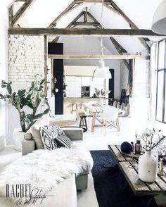 Rachel Styliste nous surprend avec un style très Wabi Sabi Chic Living Room, Living Room Modern, Home Living Room, Interior Design Living Room, Wabi Sabi, Minimalist Home, Interiores Design, Bedroom Decor, House Design