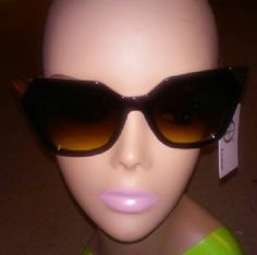 Black and Gold cat eye sunglasses Black and Gold cat eye sunglasses Accessories Sunglasses