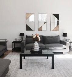 Lovely 45 Fascinating Monochromatic Living Room Design Ideas That You Need To See. Simple Living Room, Small Living Rooms, Living Room Designs, Living Room Decor, Condo Living, Picture Wall Living Room, Living Room Pictures, Decor Interior Design, Interior Decorating