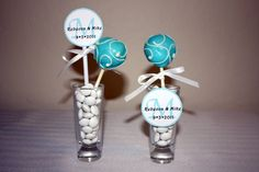 DIY Wedding Favors :: Cake Pops.