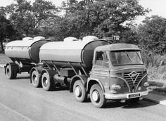Foden Trucks UK date unknown Old Lorries, London Transport, Heavy Truck, Commercial Vehicle, Classic Trucks, Old Trucks, Fast Cars, Bristol, Antique Cars