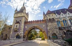 Vajdahunyad Castle, Budapest, Hungary puzzle in Castles jigsaw puzzles on TheJigsawPuzzles.com. Play full screen, enjoy Puzzle of the Day and thousands more.