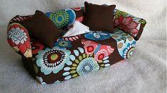 Wesega / Hnedý s kvetmy-dekoračný obal na papierové vreckovky