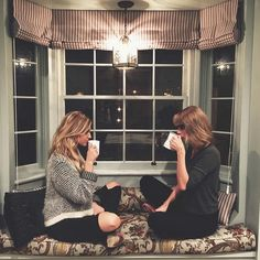 i should do this with my friend nora sometime:)) @crochetcutie02 @taylor_swift