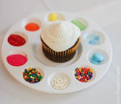 DIY cupcakes. Decorate your own cupcake! cupcake party. rainbow party. art party.