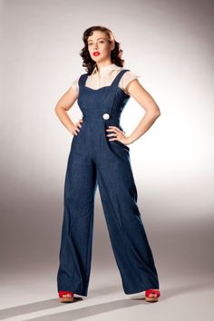 Retro Fashion Sew Country Chick: fashion sewing and DIY: Inspiration : World War 2 Ladies Jumpsuits 40s Mode, Retro Mode, Vintage Mode, Look Vintage, Vintage Denim, 1940s Fashion, Fashion Sewing, Vintage Fashion, Ladies Fashion