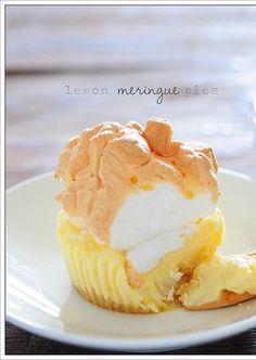 little lemon meringue pies! Simple baking from Stonesoup.