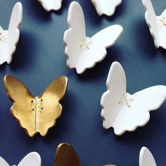 I ❤️ making special orders! I made these ceramic wall art butterflies without the lace texture and with a few gold ones for contrast. Get in touch if you'd like a special set to be made just for you!