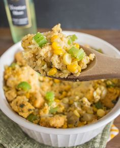 Sweet & Savory Cornbread Stuffing that's all-natural and perfect for the holidays. Side Recipes, Veggie Recipes, Healthy Recipes, Vegetarian Recipes, Healthy Food, Sweet Corn Cakes, Dinner Side Dishes, Veggie Dinner, Cornbread Stuffing