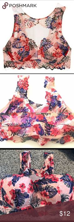 Victoria's Secret push-up s[DD] bra/bralette New with tags. Pink Victoria's Secret. Floral lace. Push-up bra/bralette. Size s[DD] PINK Victoria's Secret Intimates & Sleepwear Bras
